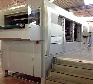 Estella Packaging installs a new embossing machine